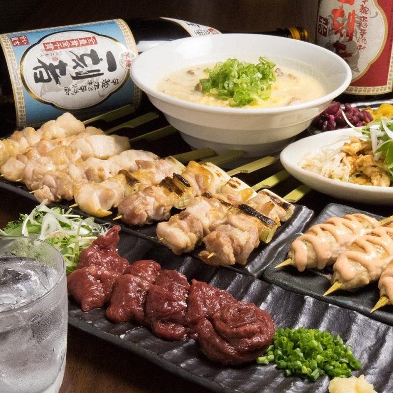 志木の居酒屋「とりいちず」で馬刺しと焼鳥を満喫する宴会